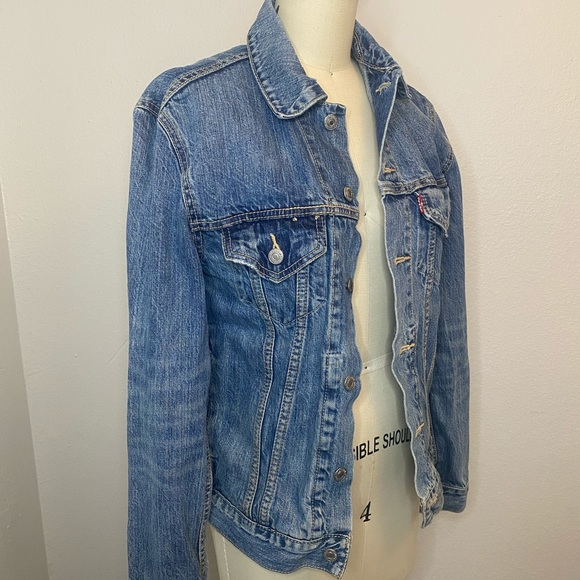 Levi's Denim Jean Jacket Size S